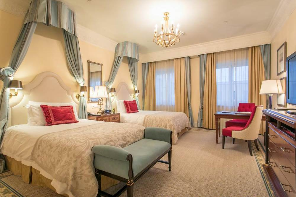 Four Seasons Lion Palace St. Peterburg  VİP